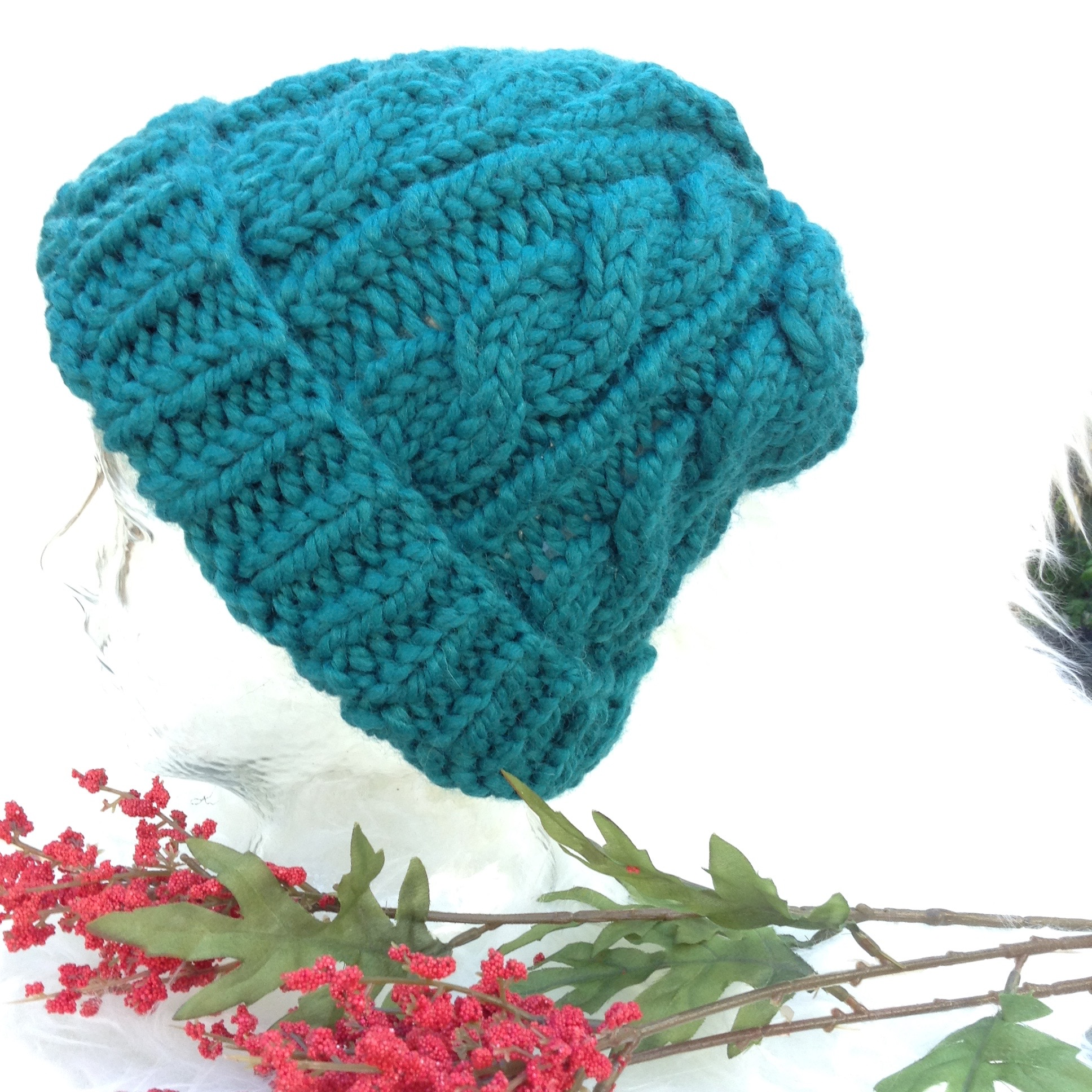 Grace Cable Knit Hat in Marine