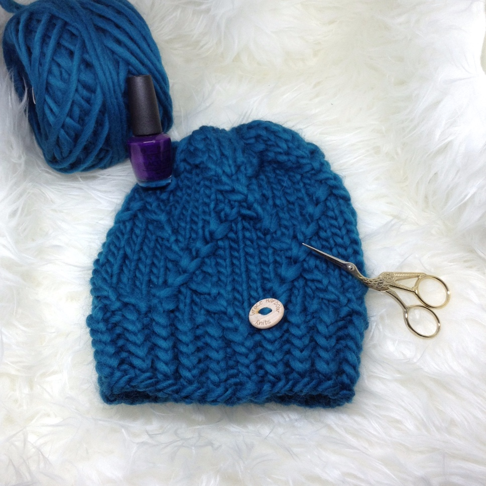 Honeysuckle Beanie in Como Blue